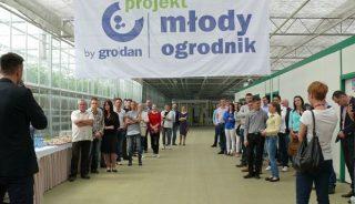 Spotkanie w Łaszkowie w ramach Projektu Młody Ogrodnik, uczestnicy spotkania
