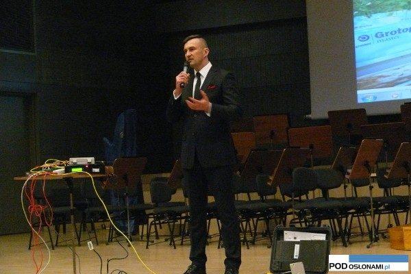 Mieczysław Banach, regionalny kierownik sprzedaży firmy Grodan, mówił na temat wyzwań stojących przed nowoczesnym ogrodnictwem