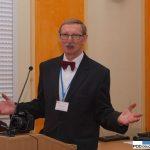 """Prof. dr hab. Leszek Orlikowski, gospodarz konferencji """"Nowe patogeny i choroby roślin"""" w Instytucie Ogrodnictwa w 2016 r."""