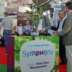 SymPHo2ny - system pozwalający na pomiar pH podłoża online prezentowała firma Saint-Gobain Cultilene