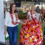 """""""Kwiatowa Dama"""" w sukni wykonanej z 200 kwiatostanów gerber_FlowerExpo Warszawa 2016"""