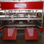 Klaver-Lilies_robot do pakowania wiazek kwiatow_rozowe rekawy-dla-bialych-lilii