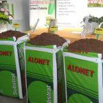 Wśród firm towarzyszących spotkaniu był m. in. Alonet - producent podłoży torfowych