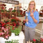 Stefanie Gunther z firmy Benary promuje użycie kwiatów begonii z grupy BIG jako dodatków kulinarnych