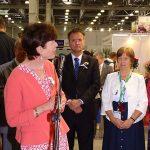 Otwarcie FlowersExpo 2017_Przedstawicielka Ambasady Krolestwa Niderlandow w Moskwie, przedstawiciel Ambasady Niemiec i dyrektorka targow FlowersExpo Nadezda Grigoriewa