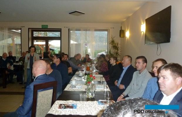 Uczestnicy spotkania w Czchowie - producenci warzyw szklarniowych