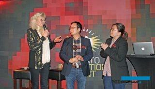 Meiny Prins, dyrektor firmy Priva (z lewej), uzasadniając przyznanie Tomato Inspiration Award chińskiej firmie Haisheng Group podkreślała, że od początku działalności przedsiębiorstwo szkoli swoich pracowników u największych producentów pomidorów i inwestuje w zaawansowane technologie