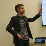 Ralf Derksen z koncernu Saint-Gobain omówił charakterystykę i sposób produkcji szkła dyfuzyjnego Albarino
