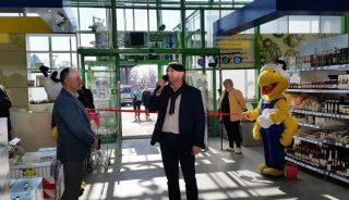 Paweł Kolasa, prezes Hortico SA, podczas uroczystego otwarcia sklepu PSB Mrówka, powstałego w wyniku rebrandingu Zielonego Centrum