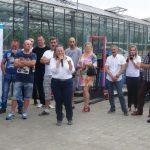 Uczestnicy spotkania w gospodarstwie pp. Motylewskich, spotkanie otworzyła Katarzyna Kaczmarek z firmy W. Legutko