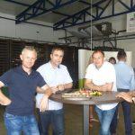 Uczestnicy spotkania w gospodarstwie państwa Zdunków