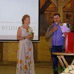 Hanna Grzeszczak-Nowak i Wiesław Bielawski (dotychczasowy brygadzista), który odebrał podziękowania w imieniu wszystkich pracowników arboretum