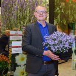 Mariusz Federowicz z firmy Florensis polecał floksy szydlaste z grupy Fabulous_IPM Essen 2019
