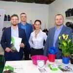 Na stoisku firmy DonKwiat (od lewej): Krzysztof Matyjaszek, Waldemar Kochański, Marta Nowak, Grzegorz Smołecki (prezes)_Myplant and Garden 2019