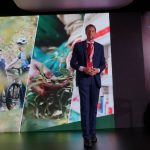 Harmen Hummelen z firmy Bayer przedstawił zasady produkcji nasion zgodnie z wymaganiami systemu GSPP, przedstawił także zagrożenia wynikające z pojawiania się w Europie nowego wirusa pomidorów - ToBRFV