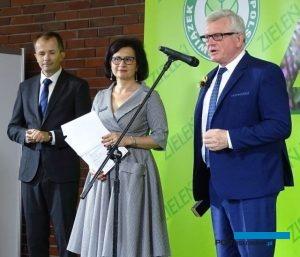 Prof. Kazimierz Tomala, prorektor SGGW - uczelni, która patronuje i kibicuje wystawie Zieleń to Życie i która przez kilka lat ją gościła