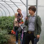 O możliwościach uprawy gatunków miechunek należących do warzyw opowiadał student ogrodnictwa, Szymon Badarycz, fot. G. Wojcieszek