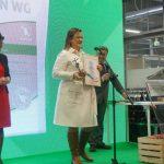 Nagrodę dla Formy Agrosimex za produkt Delfin WG odebrała wiceprezes firmy, Wiesława Barańska