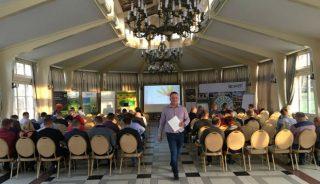 Organizatorem i prowadzącym seminarium w Tłokini Kościelnej był Krzysztof Gimla z firmy Lidia Horti-Logistic