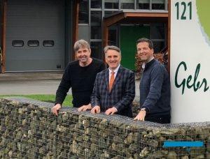 Tomasz Michalik - szef firmy Vitroflora (w środku) oraz bracia Wil (z lewej) i Theo (z prawej) Alkemade
