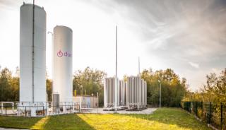 Zbiorniki z gazem LNG używanym do zasilania kogeneratorów są coraz częściej wykorzystywane w gospodarstwach szklarniowych