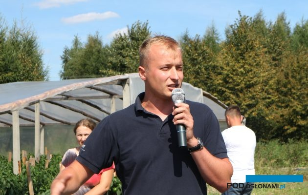 Tomasz Domański z firmy Koppert, specjalizujący się m.in. w biologicznej ochronie warzyw, omawia problemy w tym sezonie
