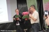 Informacji o odmianach i uprawie udzielali Bart Kurijer z firmy Varinova oraz Wojciech Poślednik z Vitroflory