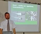 Tomasz Marasik podczas wykładu...