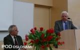 W dyskusji głos zabrał m.in. prof. dr hab. Andrzej Libik, z lewej prof. dr hab. Włodzimierz Sady