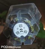 Indywidualne oznakowanie pojemników transportowych pozwala na robotyzację procesu spedycji,